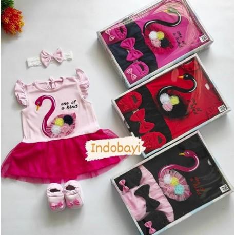 Baby Gift Set Busana Muslim Tutu Angsa 0-9bl idr 80rb per set