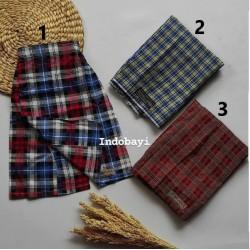 Sarung Celana Kotak Kotak Uk 0-1th, 1-2th, 2-3th idr 40rb per pc
