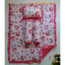 Bedcover Set Baby Bumbee idr 210rb per set