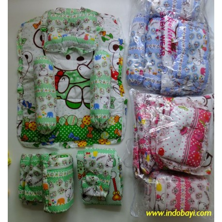 Bedcover Set Chekido isi Tas, Bantal guling, Gendongan, bedcover idr 100rb